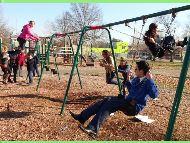 Swinging in Von Nieda