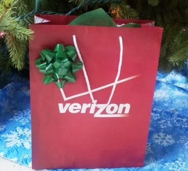 Verizon-Christmas-BagCompressedCropped