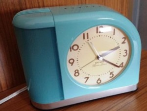 Retro Alarm Clock compress