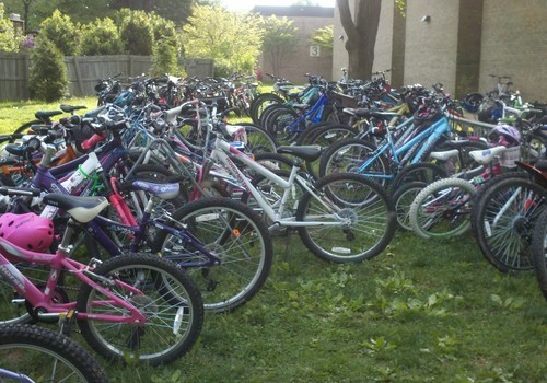 Filled bike racks at Wolftrap Elementary in Vienna, Virginia